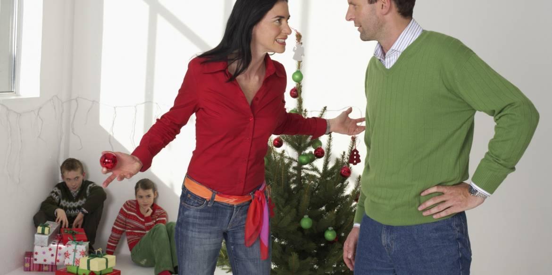 Couple-christmas-arguing.jpg