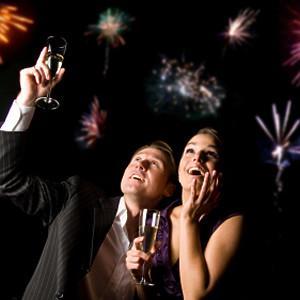 Couples-New-Years-semi-fireworks.jpg