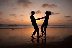 Couple_night-dancing-on-beach.jpg