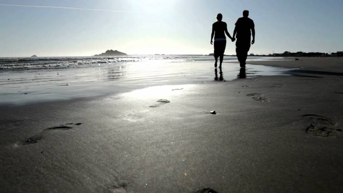 Infidelity-couple-at-beach-walking-away-March-Away-from-Infidelity.jpg
